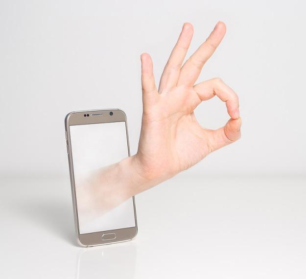 fingers-1999781_960_720