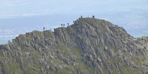 14 stick men on Striding Edge