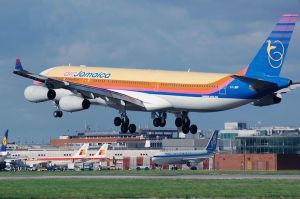 airplane-750748__480