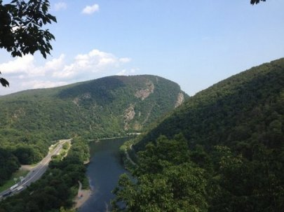 Mount Tammany at Delaware river water GP in NJ-002