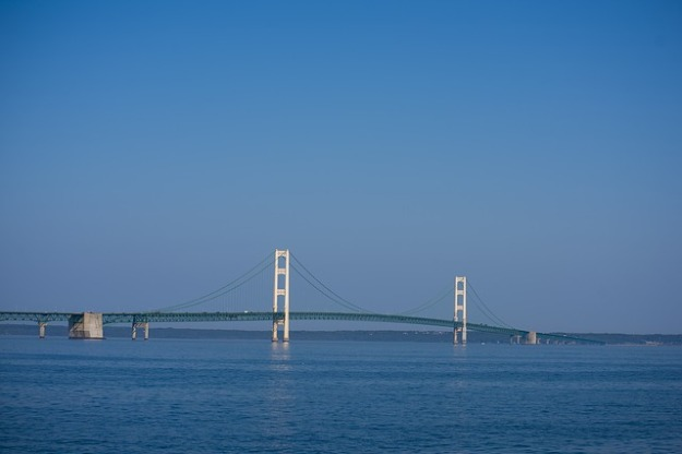 a long view of the 5 mile Mackinac Bridge in Michigan